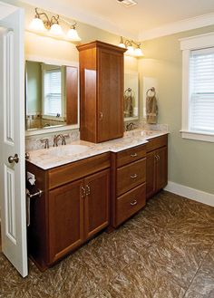 Master Bath of The Sassafras Plan 814 http://www.dongardner.com/plan_details.aspx?pid=1967 The master suite is a treat with its tray ceiling, private porch, his and her walk-in closets and splendid bath. #Home #Designs #Country #Bathroom