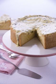 1,2,3,4 CAKE ~ 4 simple ingredients ~ gotta love that? Find out how on our Facebook page, just ask! Stay fabulous people xx