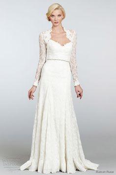 Hayley Paige gorgeous and elegant wedding dress!