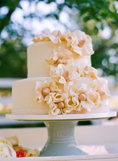 simply elegant wedding cake from Bayshore Cakes