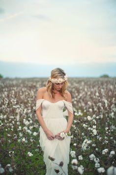 sesh idea, cotton field, thing beauti, dream, unique flowy wedding dress, portrait idea, photographi, fields, bean dress