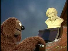 """The Muppet Show: Rowlf - Beethoven's """"Pathétique"""" - Funny!"""