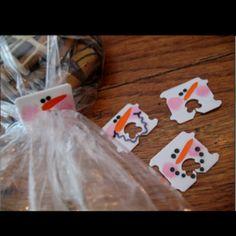 Cute idea to recycle bread tie