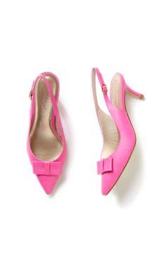 These kitten heels remind us of pretty #peonies.