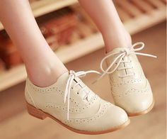Vintage Round Toe Oxford Shoes (More Colors). Yes, please.