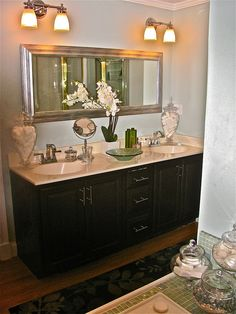 Bathroom Sink Decor : Bathroom Counter Decor on Pinterest Bathroom Counter Organization ...