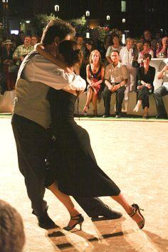 Mais Tango...
