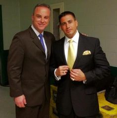 A very handsome picture of Scott Stanford with ring announcer Justin Roberts.