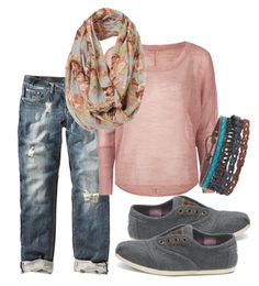 Peach top with capris and TOMS, a cute and comfy outfit for back to school.