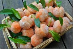 You might think they were real peaches, but they're not - Pesche alla crema