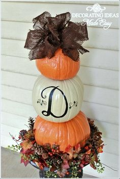 Make a Fall Pumpkin Topiary For Your Front Entryway!
