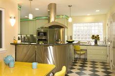 5 easy ways to detoxify your kitchen.