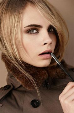 Love this make-up for Fall : Burberry cosmetics #work #style