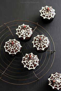 Eerily spooktastic Black Widow Chocolate Rum Cupcakes. #spiders #Halloween #cupcakes #food #dessert #baking