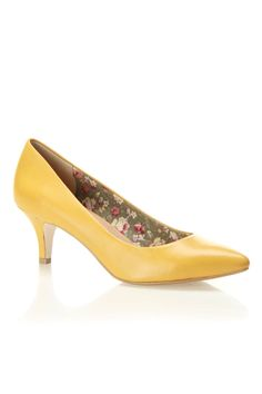 Seychelles Accent Pumps In » Love the heel height!
