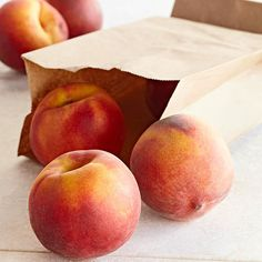 How to Freeze Peaches Freeze peaches to enjoy their summery, juicy goodness throughout the year. Now you can buy peaches at farmer's markets or when they're on-sale in the grocery store and freeze them to enjoy as a peach cobbler or other peach-fi