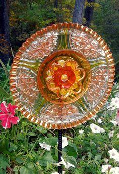 Garden Art Sun Catcher Glass Plate Flower Garden Sculpture
