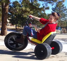 Our first Fan Photo of the Week for the New Year is this AWESOME shot of Laura pulling a power slide on a High Roller Big Wheel! Based out of Lafayette, CO, you can check them out on Facebook at High Roller Adult Size big wheel trike or at http://www.highrollerusa.com/store/ !! Too bad I didn't get one of these for Christmas! ~MM