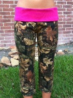 fashion, style, outfit, camo yoga pants, redneck