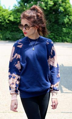 Bleached sleeved sweatshirt