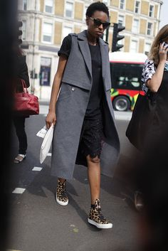 They Are Wearing: London Fashion Week - #streetstyle #lfw #chic #fashion
