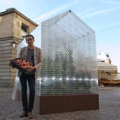 A greenhouse made of Lego... 100 000 pieces! Woaw!!