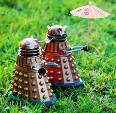daleks with umbrella.