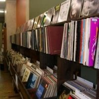 This place is next door to Iris Bookstore on Main in OTR. Vinyl, vinyl, and more vinyl, mostly used with a great selection. A real gem in the age of CDs and downloading-- quirky finds, cool staff, and charming as hell.