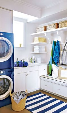 This laundry room, blue appliances!