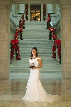 christmas wedding photo idea