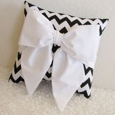 Black and white pillow with Bow accent