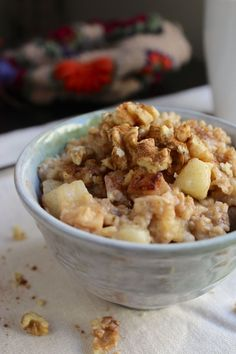 Overnight Slow Crock Oatmeal - Cinnamon Apple