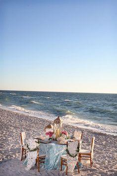 table decorations, wedding destinations, summer picnic, wedding receptions, florida beach weddings
