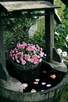 pink roses, pink flowers, flower planters, green garden, cottage gardens, outdoor, ana rosa, well, garden water features