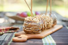 Peanut Butter-Stuffed Caramel Apples (look ma no core)
