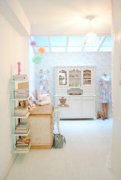 Mint book shelf