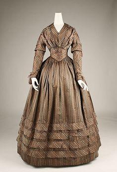 American silk dress ca. 1841