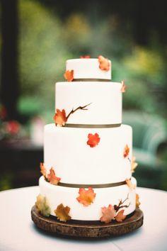 Fall leaf wedding cake