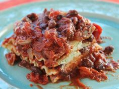 Trisha Yearwood made a vegan lasagna today... Trying it this week!!    http://www.foodnetwork.com/recipes/trisha-yearwood/black-bean-lasagna-recipe/index.html