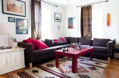 "Tasha's Colorful & Comfy Austin Home (& Backyard ""Beach Lodge"" Studio). Southwestern/beach vibes."