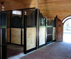 Link to Euro-style horse stall ideas and tips from Lucas Equine.