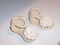 Baby Flower Sandals by SmallBeansBoutique on Etsy, $18.00