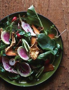 5 Fresh Fall Salads | theglitterguide.com