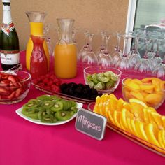 #orange + #pink   #bridal #shower   @WedFunApps  ♥ wedfunapps.com ♥ Mimosa Bar