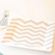 With charming neutrals, simple silhouettes, and an enduring chevron, this Square Platter stands alone or mixes with other Swap tabletop staples to create an impressively put–together table.