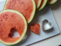 Edible Creations-cut hearts out of fruit