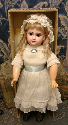 """INCREDIBLE 22"""" All Original Jumeau Bebe Size 10 All Antique In Box!"""