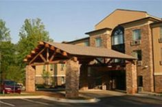 """The Lodge on Lake Oconee is offering a Romance At The Lake"""" package for only $150! Click this pin for more information."""