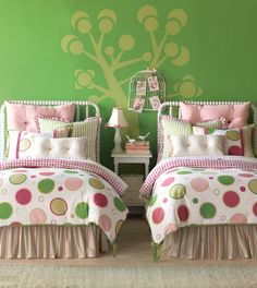 Luxury Bedding by Eastern Accents - Chloe Collection