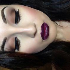 Pretty Fall Makeup - brown shadows and vampy lips